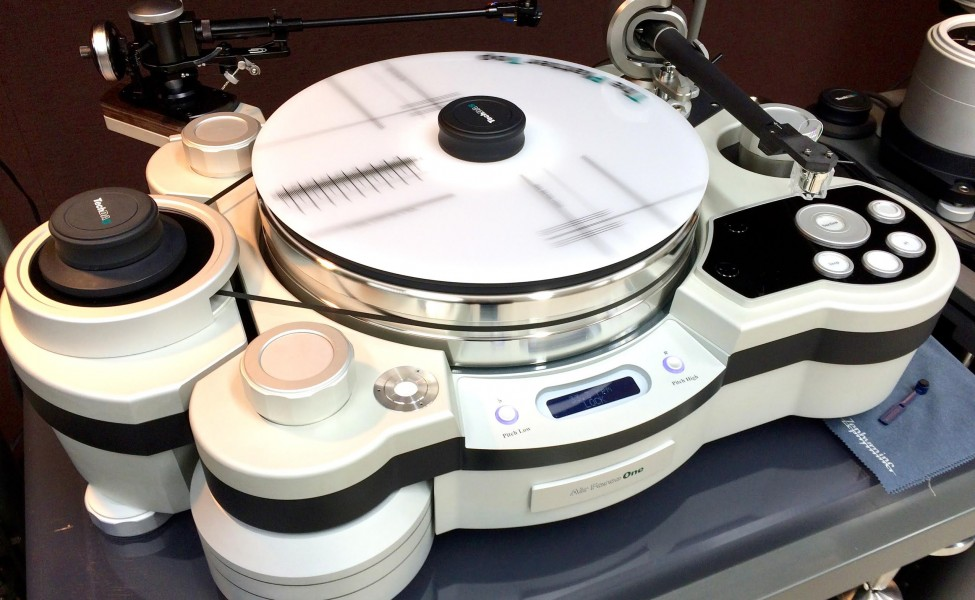 TechDAS Air Force One Turntable With SAT Tonearm